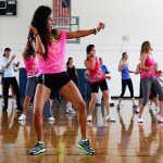 Фітнес для схуднення будинку, у фітнес - клубах і студіях
