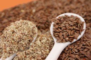Це насіння льону, з яких роблять лляне масло